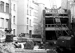 Стройка века: будущие спортзал и бассейн. 1981 г